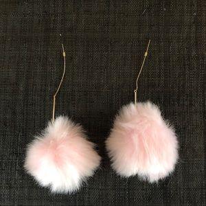 🆕💎NWT Pink Pom Pom fizzy earrings